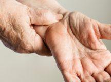 手根管症候群:手のしびれ・握力低下の原因と治療